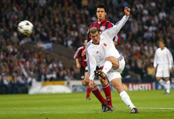 Finale Champions League 2000-01: il gol di Zidane
