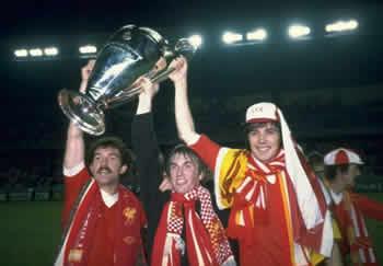 Liverpool campione d'Europa 1981. Da sinistra a destra: Souness, Daglish e Hansen