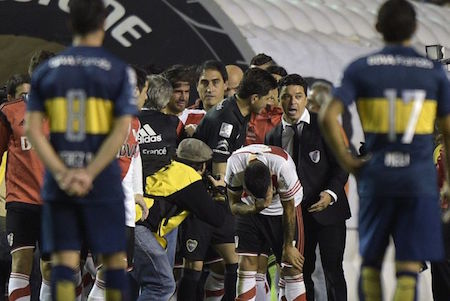 Boca Juniors-River Plate della vergogna