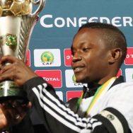 Rainford Kalaba (Mazembe) solleva la Confederation Cup 2017