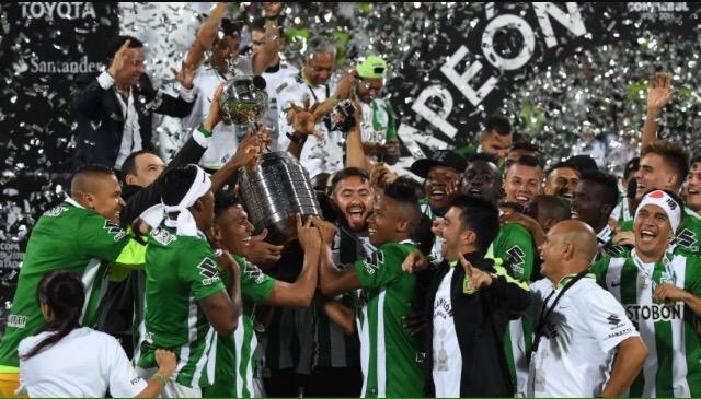 Atletico Nacional in festa per la vittoria della Coppa Libertadores 2016