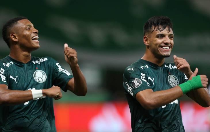 Palmeiras in festa